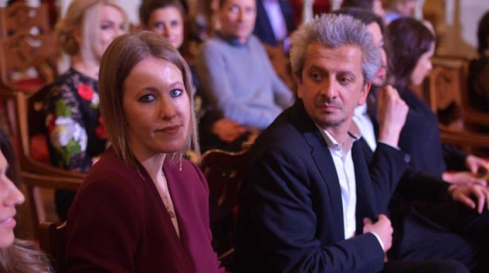 Собчак з Богомоловим відмовилися від інтиму на час карантину - today.ua