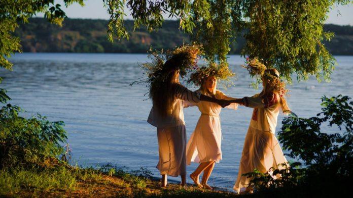 Свято 20 травня: обряди зцілення від хвороб і народні прикмети у день Купальниці
