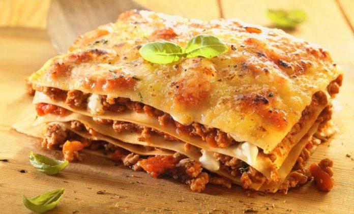 Лазанья з лаваша: простий рецепт смачної страви італійської кухні - today.ua