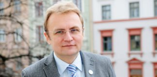 У Львові різкий сплеск зараження на коронавірус: влада скликає штаб швидкого реагування - today.ua