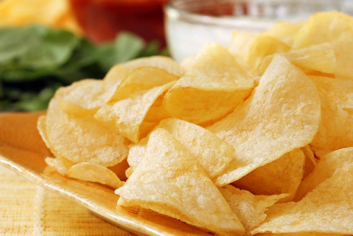Картофельные чипсы без масла: рецепт хрустящей закуски для детей и взрослых за 5 минут