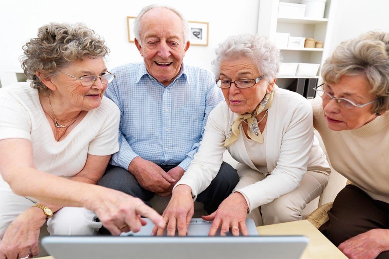 В Украине снова повысили пенсионный возраст и страховой стаж