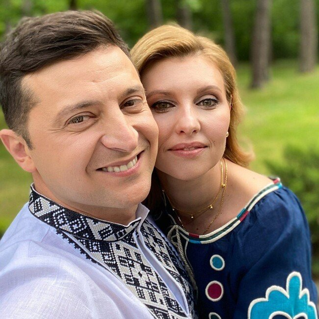 Олена Зеленська привітала українців з Днем вишиванки в ексклюзивному етно-вбранні