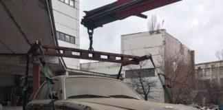 У Мережі показали люксові авто, які кинули українці - today.ua