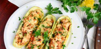 """Кабачки на обід: як смачно запекти овочі з фаршем під сиром і помідорами """" - today.ua"""