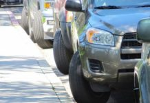 Що буде, якщо залишити на парковці авто з вивернутими колесами - today.ua