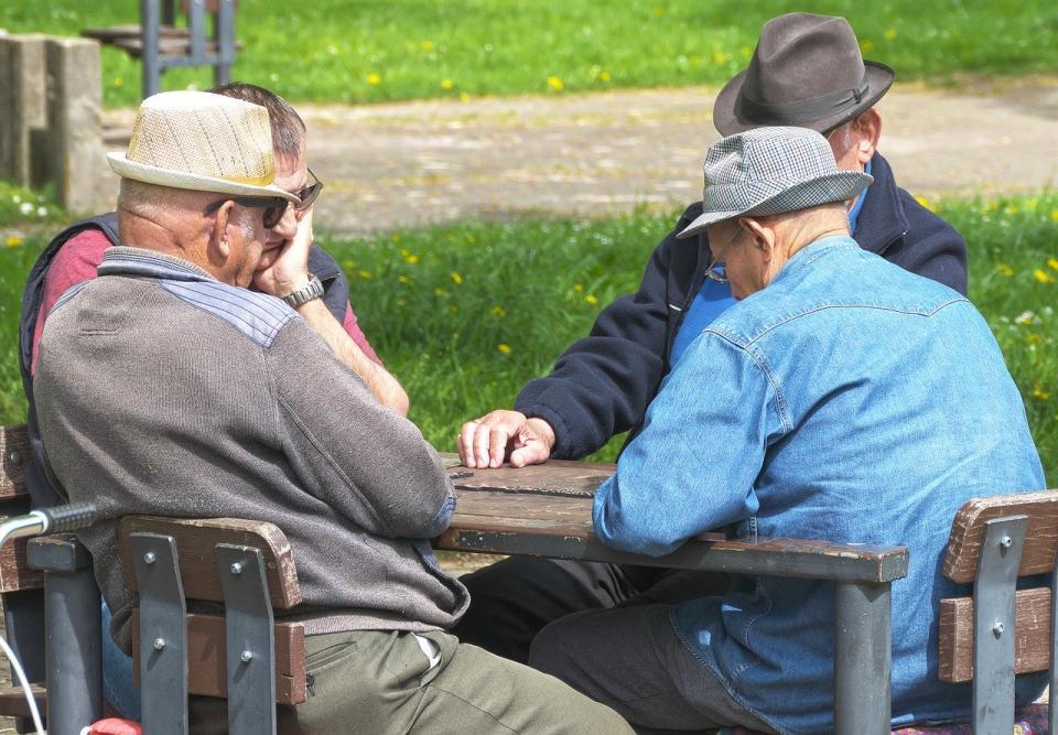 Повышение пенсионного возраста: Шмыгаль назвал требования МВФ к Украине  - today.ua