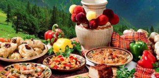 """Святковий стіл на Трійцю: що обов'язково слід приготувати на 7 червня"""" - today.ua"""