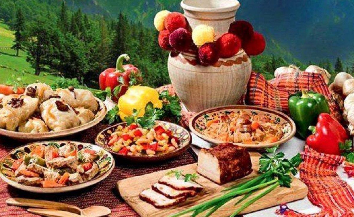 Праздничный стол на Троицу: что обязательно следует приготовить на 7 июня - today.ua