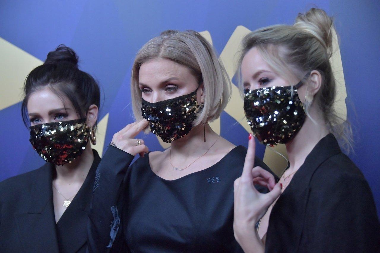 Носите тканевые маски постоянно: в ВОЗ выступили с резонансным заявлением по защите от СOVID-19