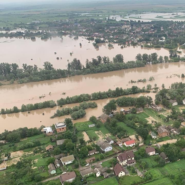 Західна Україна на межі нових затоплень: які області під загрозою
