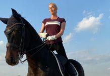 Волочкова сіла на шпагат прямо на коні: балерина втратила всякий сором - today.ua