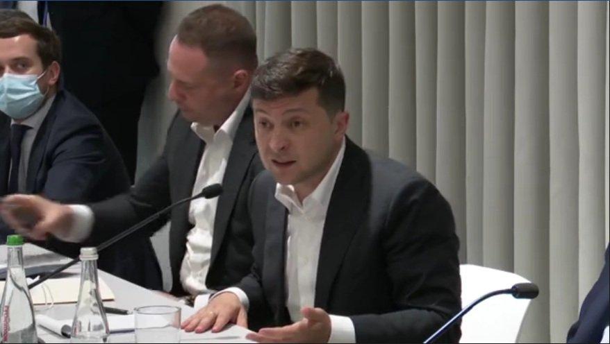 """Зеленский рассказал о ситуации на таможнях: """"Некоторое время у нас не будет кофе, лосося и хамона"""""""