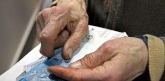 Пенсии в июне: ПФУ пересчитает выплаты украинцам и планирует отказаться от трудовых книжек - today.ua