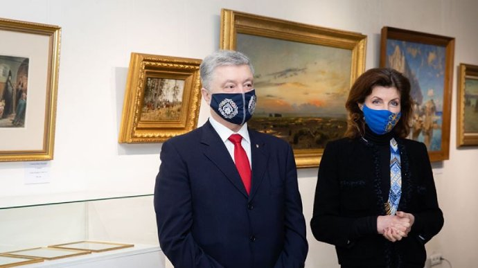 Печерський суд вирішив долю Порошенка: що може приховувати скандальна колекція картин
