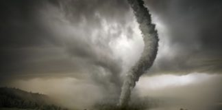 """Україну накрив потужний торнадо: відео страшної стихії """" - today.ua"""