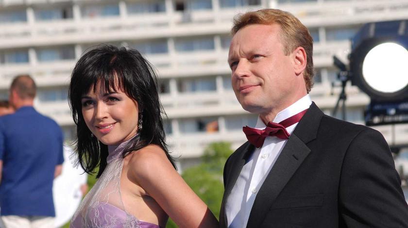 Открылась правда, из-за чего Заворотнюк бросила любовника: Жигунов вовсе не такой благородный