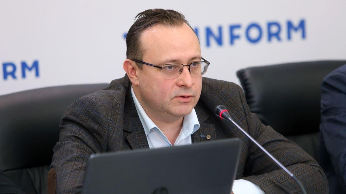 Карантин продлят на полтора года: что грозит Украине в ближайшем будущем