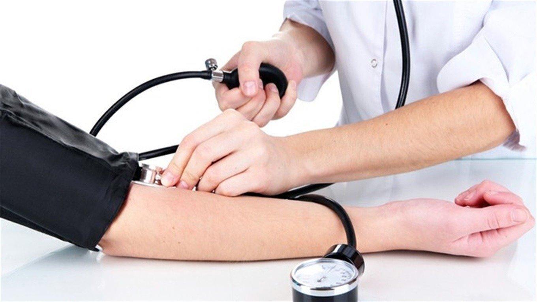 Як нормалізувати тиск без ліків: Топ-4 рекомендації лікарів