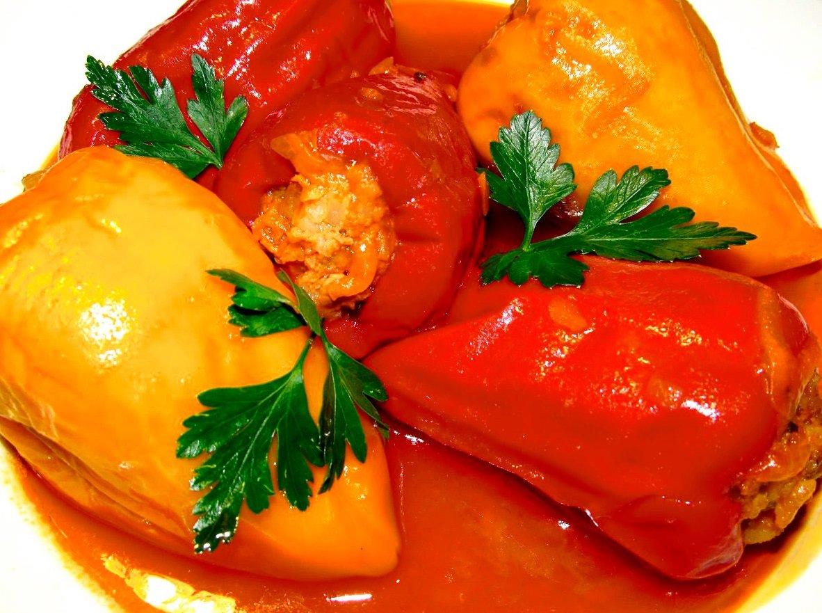 Фарширований перець: рецепт смачної страви з курячого м'яса нашвидкуруч