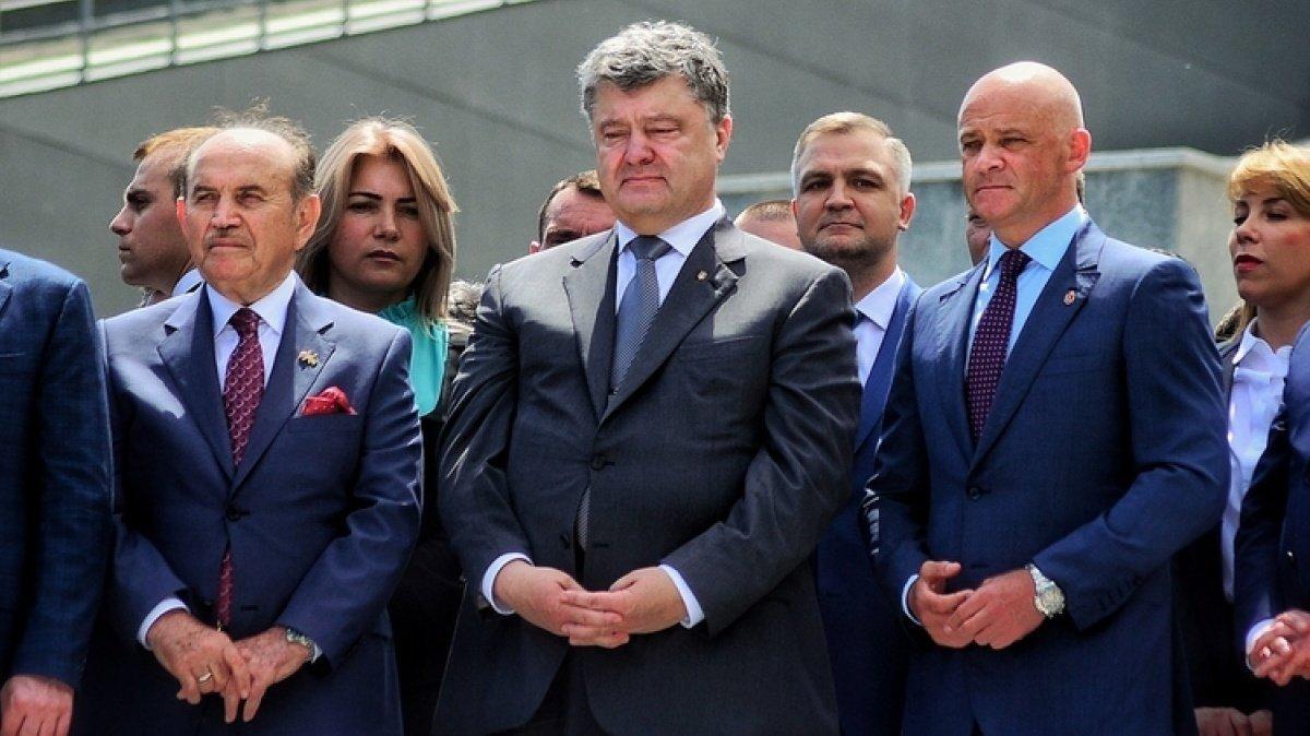 Порошенко принижувався перед Януковичем: одкровення екс-нардепа - today.ua