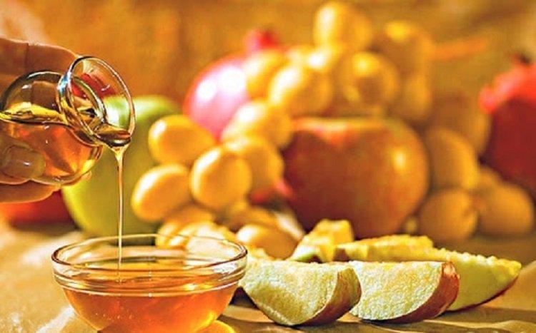 Медовий, Яблучний і Горіховий Спас 2020: дати і традиції важливих церковних свят
