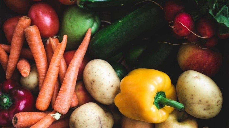 Фрукты и овощи опять подорожают: почему Украина не может обеспечить население сельхозпродукцией - today.ua