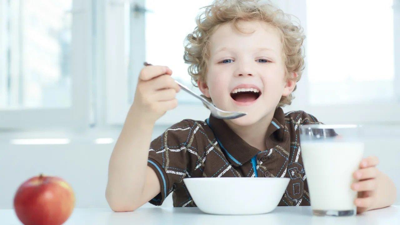 У яких продуктах міститься кофеїн: багатьма з них батьки отруюють своїх дітей - today.ua