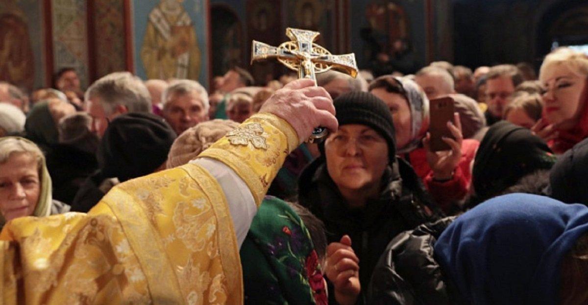 Розповсюджувач коронавіруса на заході України – церква: резонансна заява Степанова