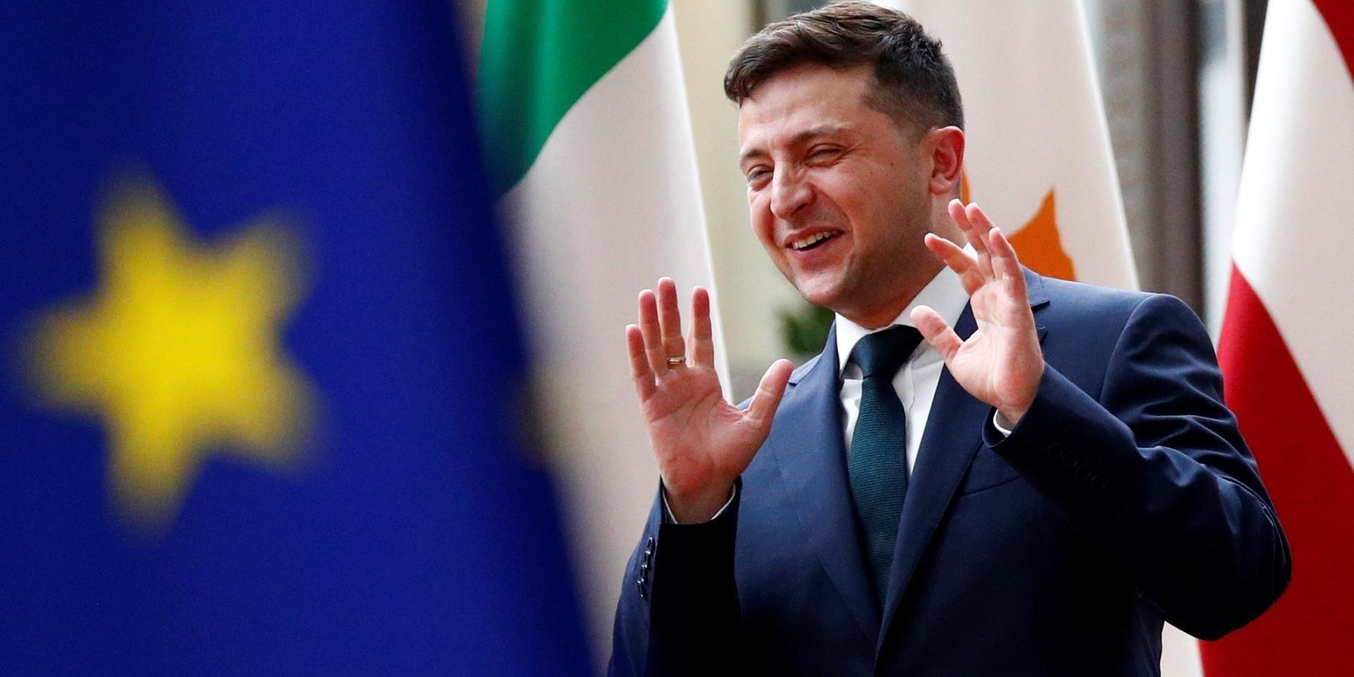 Новий податок в Україні: «їдеш за кордон – плати в казну держави. Багато плати!» - today.ua