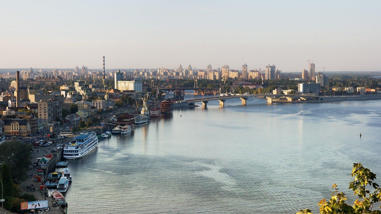 Днепр в Киеве заселен морскими рыбами и медузами: почему пресный водоем стал соленым - today.ua
