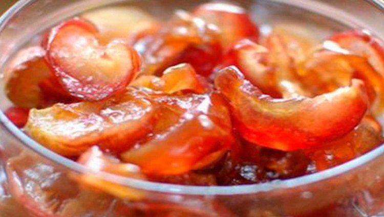Сухое варенье из яблок: рецепт необычной заготовки на зиму, которая заменит конфеты