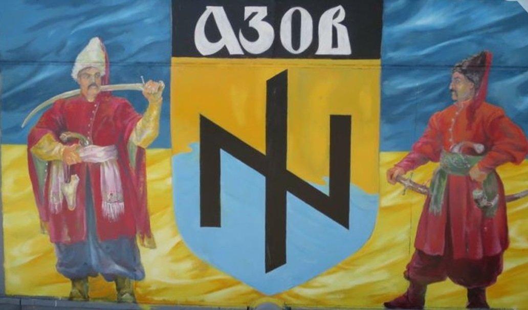 На бывшей даче Януковича каждое утро звучит молитва националиста: вилла стала военной базой