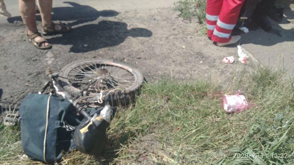 Водитель ВАЗ сбил пешехода и вылетел с моста в реку: появились подробности страшного ДТП на Львовщине
