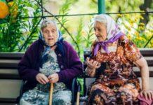 Пенсионерам рассказали, как накопить на старость: можно жить не только на пенсию   - today.ua