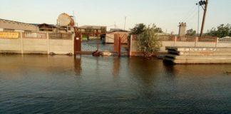 Украинский курорт ушел под воду: в Кирилловке начался настоящий коллапс (видео)  - today.ua