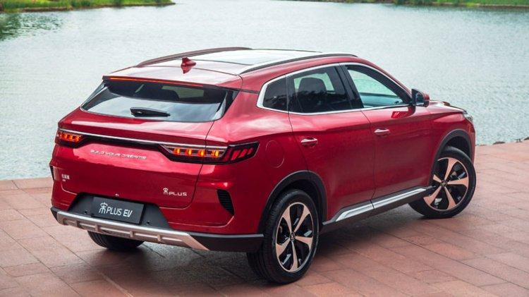 Китайці зробили копію Mitsubishi Outlander за $13 тисяч