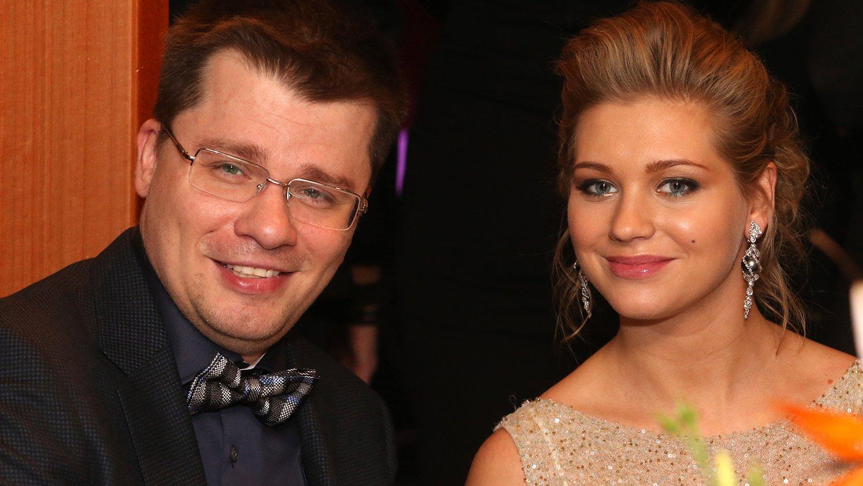 """Друзья открыли правду о причине развода Асмус и Харламова: """"Текст"""" действительно ни при чем - today.ua"""
