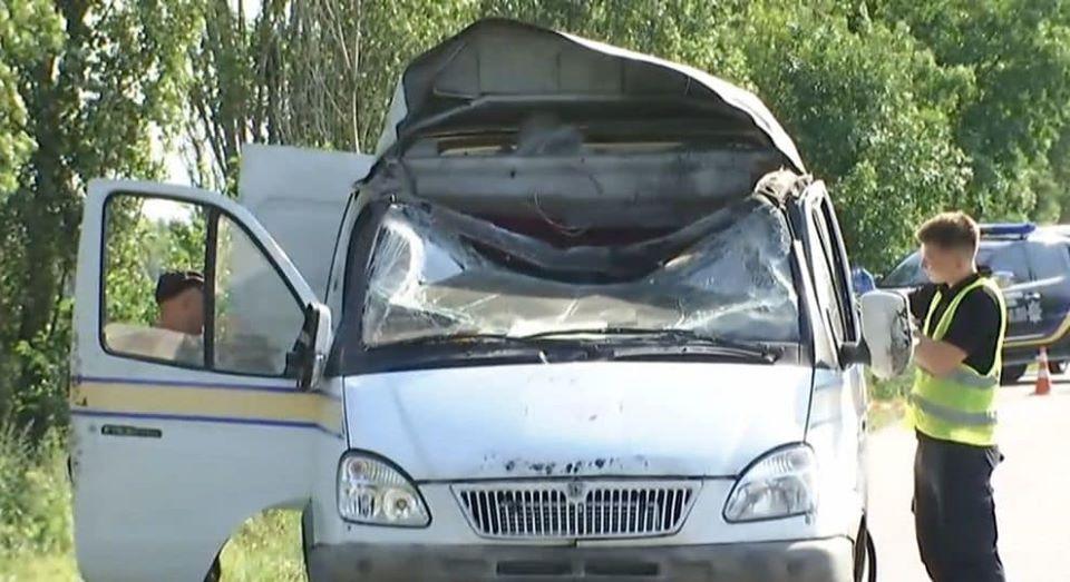 """Резонансний напад на автомобіль """"Укрпошти"""": поліція затримала трьох підозрюваних - today.ua"""