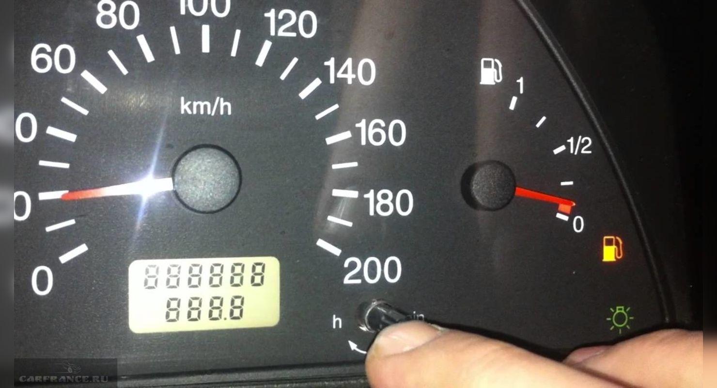 Як дізнатися, скільки насправді бензину залишилося в баку?