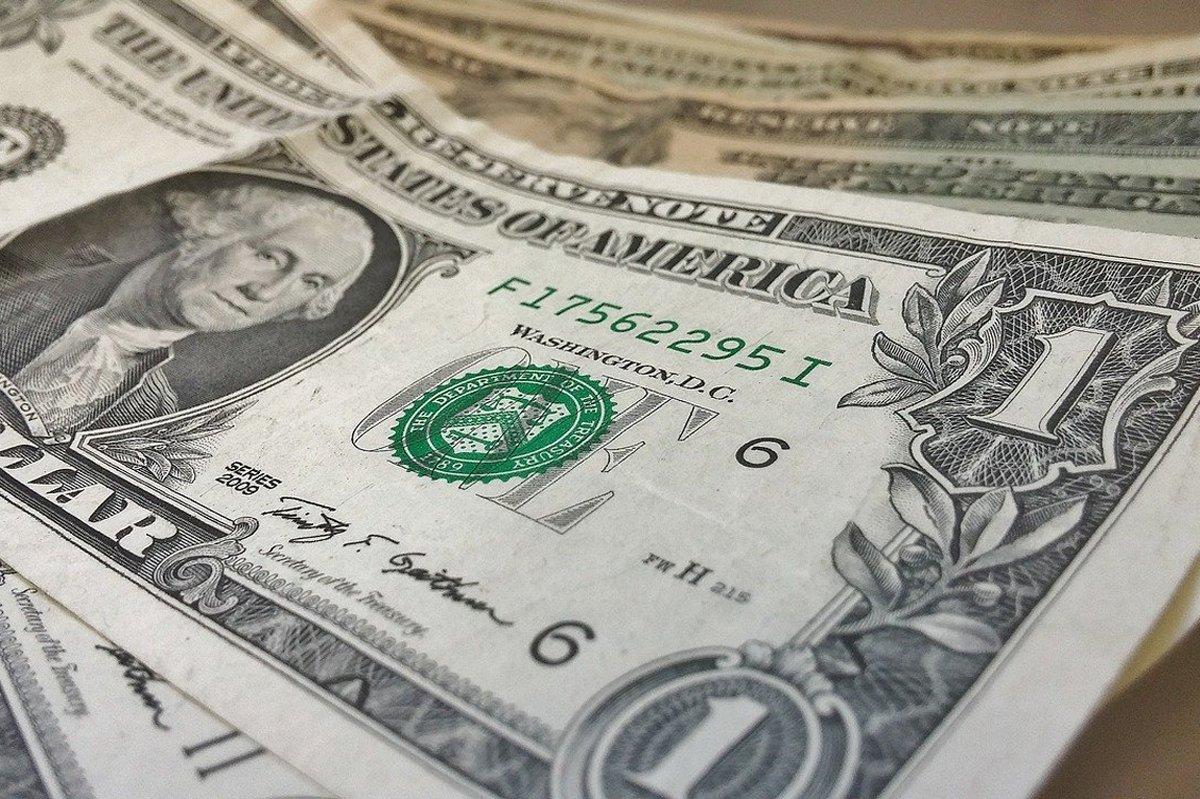 Що може статися з доларом на цьому тижні: прогноз аналітика - today.ua