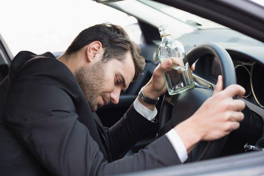 Закон про кримінальну відповідальність за п'яне водіння прожив лише добу: чому так вийшло