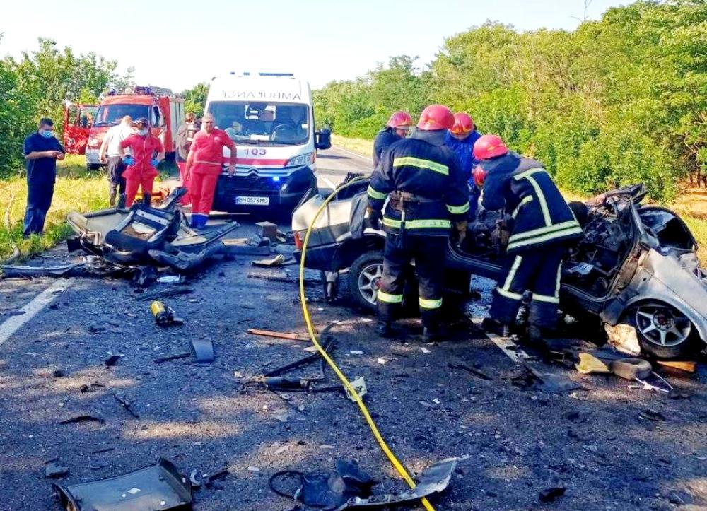 Жуткое ДТП в Одесской области: шестеро погибших, среди искалеченных – маленький ребенок - видео - today.ua