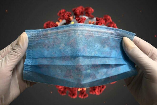 Медики назвали людей, які довго можуть бути заразні коронавірусом