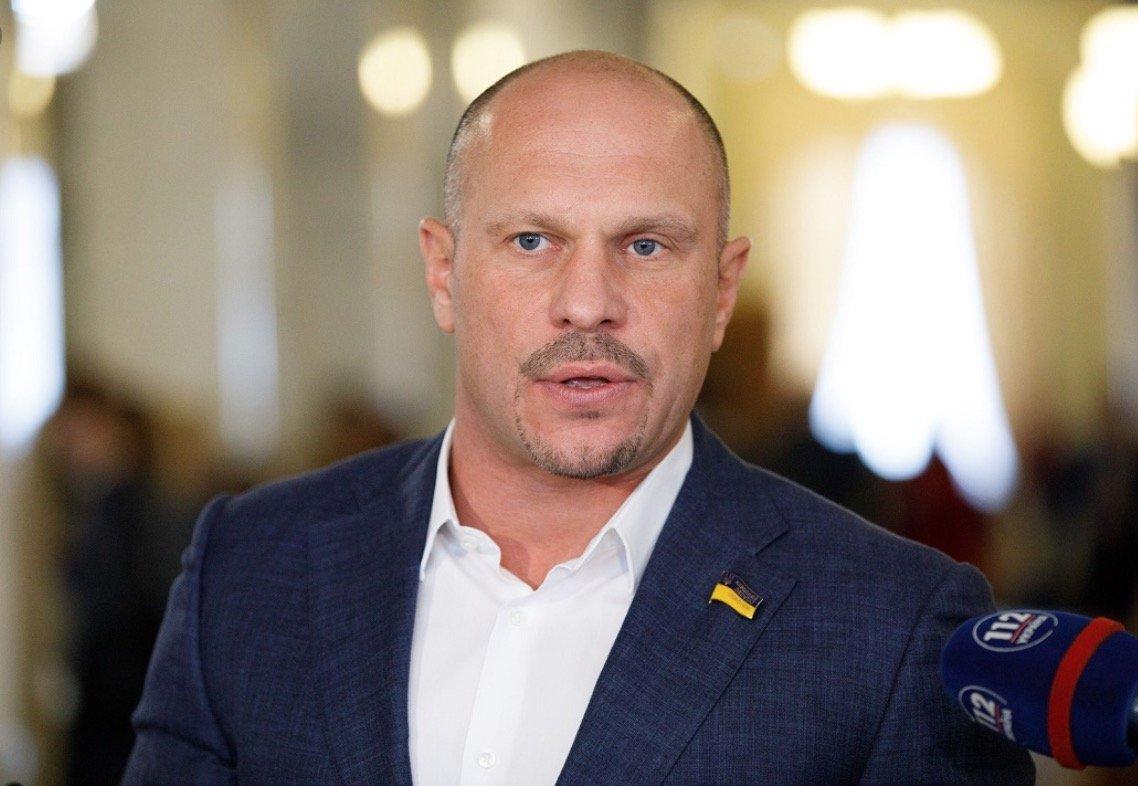 Кива снова игрался своим… мобильным устройством во время заседания Рады: в Сети появилось фото - today.ua