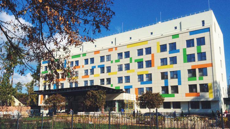В елітному пологовому будинку Києва батьки залишили новонароджену дівчинку: що стало причиною відмови