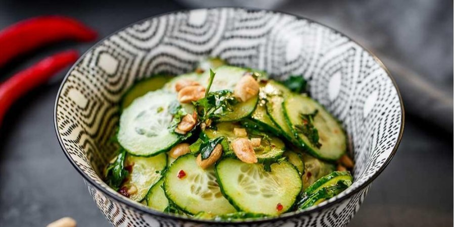 Як замаринувати смачні огірки за 5 хвилин: виходять хрусткі і соковиті  - today.ua