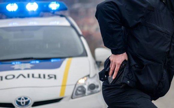 Поліцейський на Львівщині збив мотоцикліста і втік: знайшли через три доби після ДТП