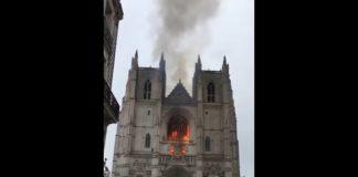 У Франції знову горить великий старовинний собор: з'явилася версія про підпал - today.ua