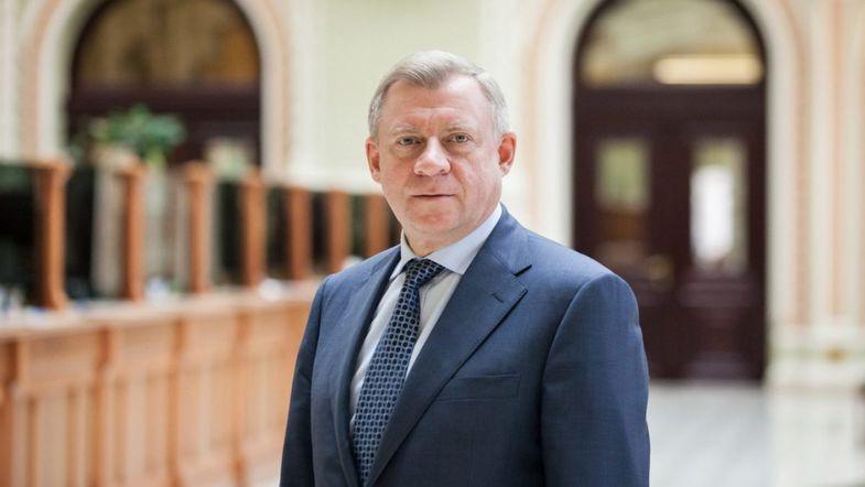 Смолий после увольнения задекларировал все свое имущество: квартиры, четыре автомобиля, гидроцикл и элитные часы    - today.ua